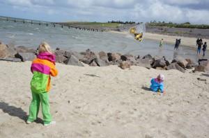 Bei Wind und Wetter hat sich die Icepeka Kinderjacke Sarla KD bewährt.  Foto (c) Kinderoutdoor.de