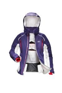 Silberqueen Jacket von Helly Hansen. Damit sind sportliche Frauen auf der Skipiste perfekt geschützt.  Foto (c) Helly Hansen