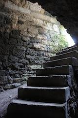 Burgen sind für die Kinder das pure Abenteuer: Hier gibt es immer wieder neues zu entdecken.  Foto (c) Kinderoutdoor.de