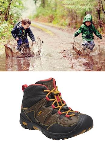 Der Keen Pagosa liebt, wie die Kinder, Pfützen und Regenwetter. Foto (c) Keen